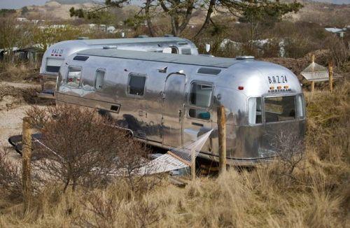 VRI interieur: BAZ 25 retro trailer Airstream