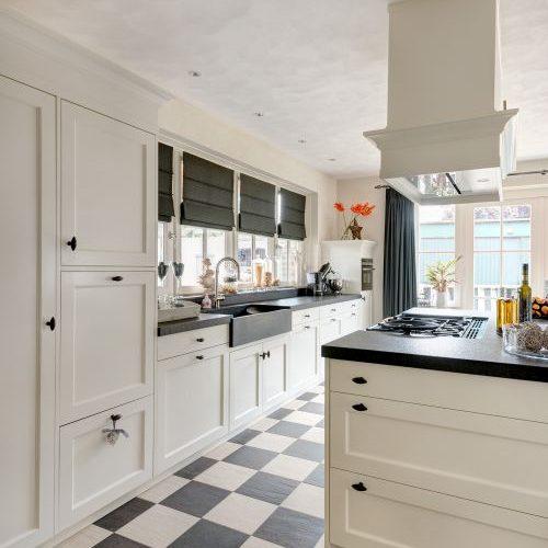 Keuken Tegels Landelijk : Witte keukens met hout moderne keuken ...