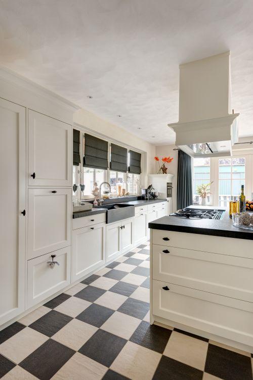 Woonkeuken vri interieur for Keuken landelijk modern