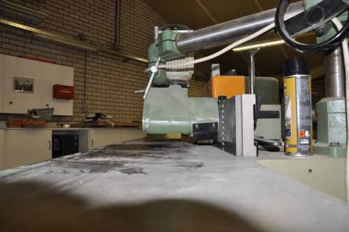 VRI interieur: Amerongen werkplaats stationaire freesmachine SCM T130