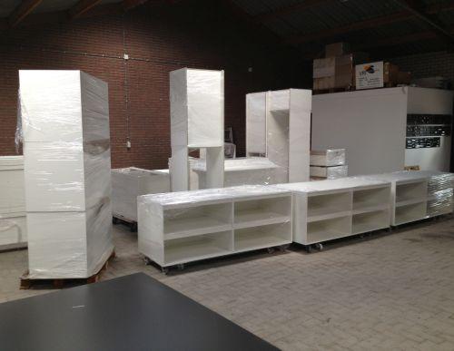 VRI interieur: Amerongen werkplaats toelevering kasten en kastrompen