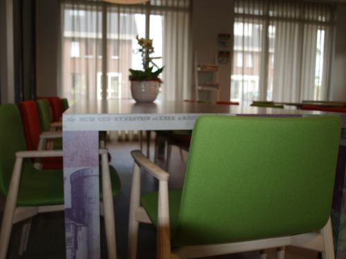 VRI interieur: bar kasten en tafel dorpshuis Langbroek
