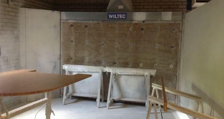 VRI interieur meubel en interieurspuiterij