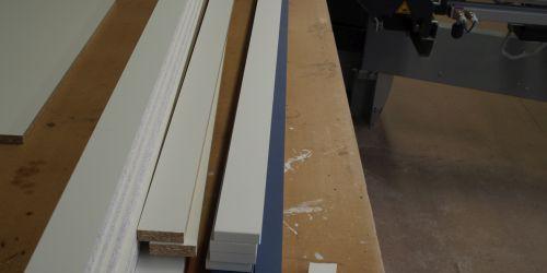 VRI interieur: werkplaats toelevering kasten en kastrompen