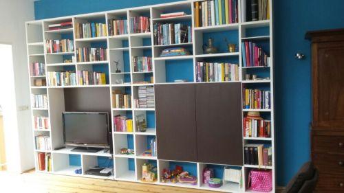 ORION ontwerp / VRI interieur: bureau en boekenkast