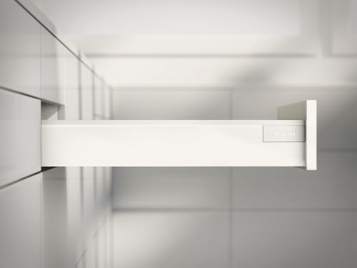 VRI interieur: systeemlade Blum Intivo