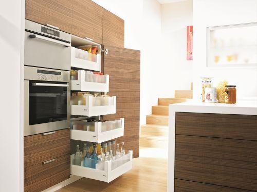 Voorraadkast Voor Keuken : De voorraadkast met enkel uittrekbare voorraadladen biedt enorm veel