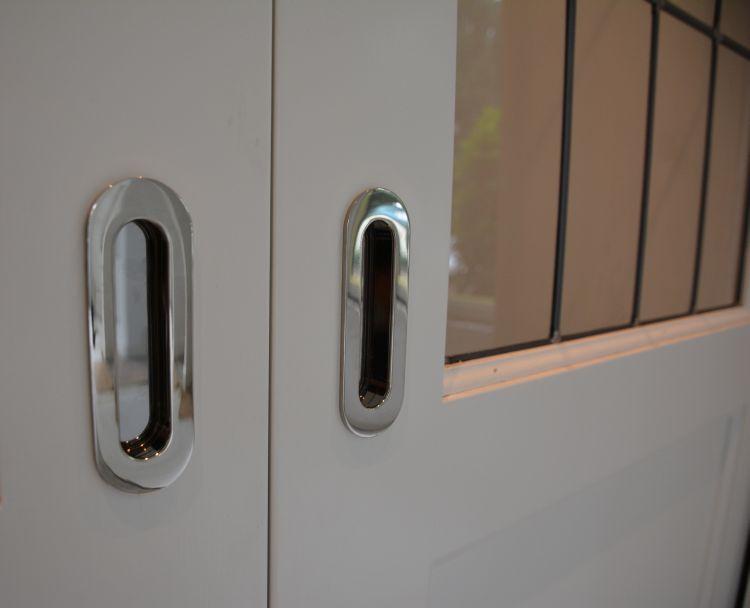 VRI interieur: stijl interieur glans nikkel knoppen fornuis doorgevoerd in overig meubelbeslag
