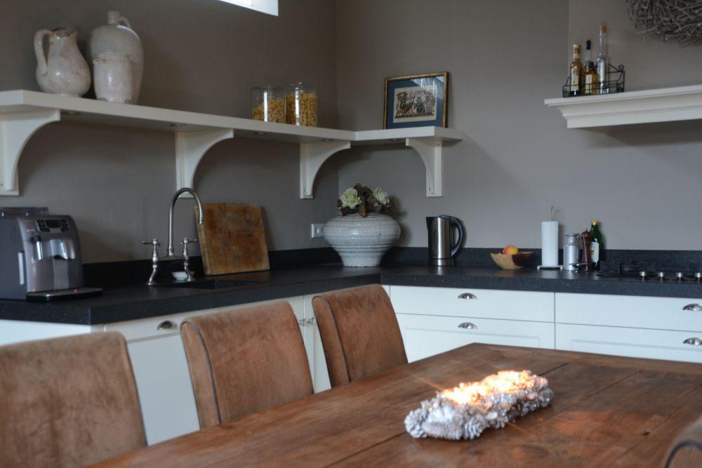 Witte keuken onderkast aangepaste moderne lak mdf melamine modulaire kast kleine witte - Kleur witte keuken ...