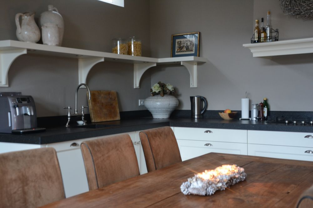 Keuken achterwand kleur magnolia keukenglas