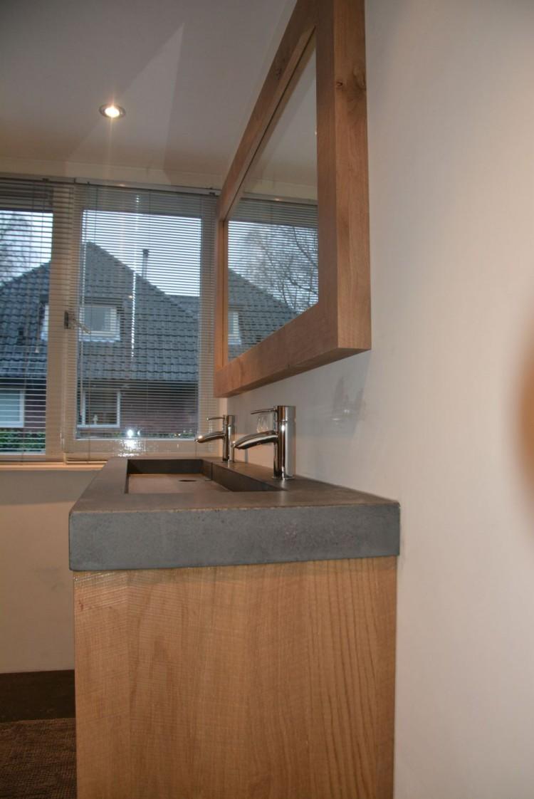 Badkamer eiken verweerd Amerongen - VRI-Interieur