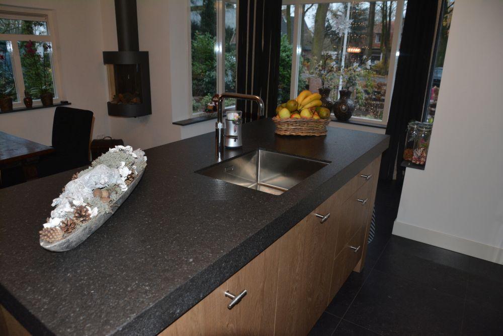 Eiken Keuken Met Eiland : 3D visualisatie VRI Interieur
